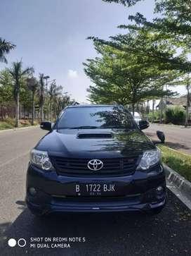 Toyota Fortuner 2.5 G TRD 2014 AT Hitam Istimewa Tdp Rendah