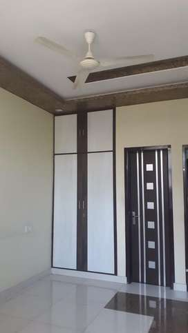 Chitrakoot 2 Bhk Semi Furnished Flat