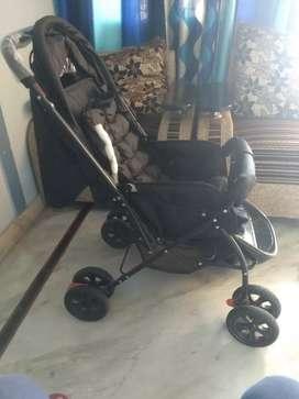 baby pram cum stroller in excellent condition