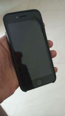 I phone 8 64gn fully clean set very less used
