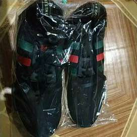 Sepatu Adidas GUCCI
