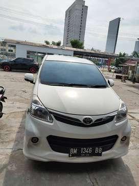 Dijual Toyota Avanza Veloz th 2014 Matic