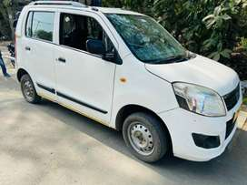 Mujhe C.N.G CAR RENT PE CHAIYE