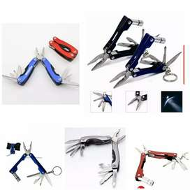 Pocket pliers with multi tools