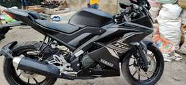 Yamaha R15 Black 4 months old Urgent sell