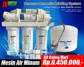 Mesin air dengan membran RO