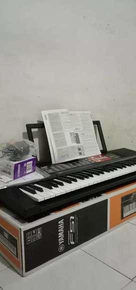 Keyboard Yamaha F51 untuk pemula