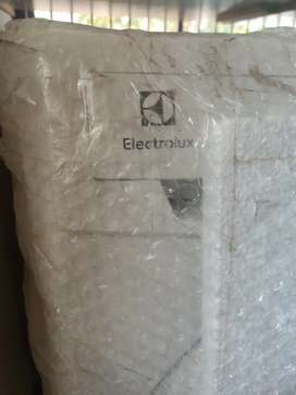 ELECTROLUX **IMPORT QUALITY** FULLY AUTOMATIC FRONT LOAD 7KG 1200 RPM