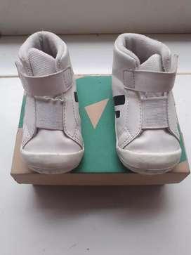 Sepatu anak toe zone ukuran 23