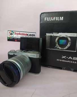 FUJI XA2 Lensa kit 16 50mm black siap pakai