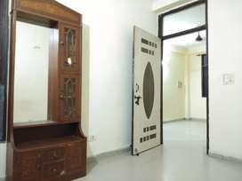1bhk flat for rent in saket