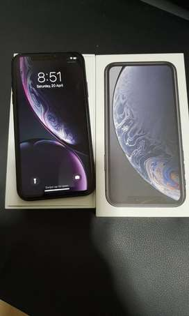 SUPER CONDITION APPLE I PHONE XR ARE AVAILABLE ( 128 ) GB WITH FULL KI