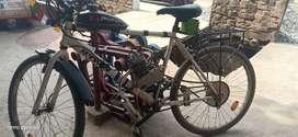 A 80ccmotorized ccle