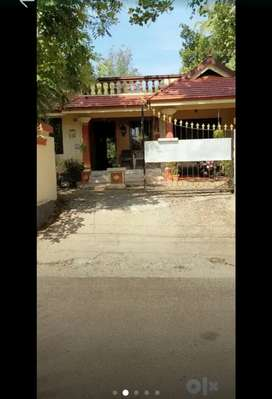 19 cent 3 bhk house in nedumbassery Paravoor road chengamanad Athani