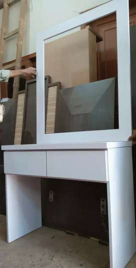 New dressing table 2drawers with mirror in best quality