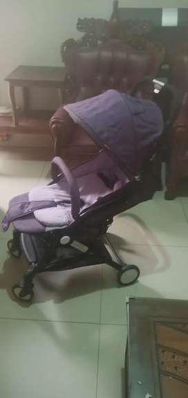 Sroller/kereta dorong bayi