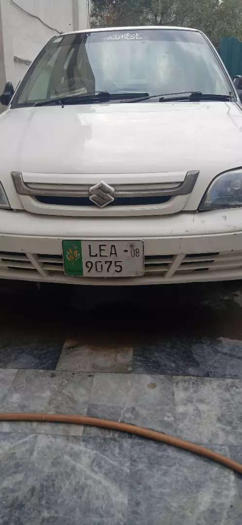 Suzuki Cultus VXR in white colour and of 2008 model (CNG and petrol) 0