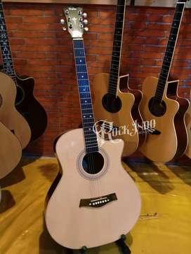 Gitar akustik Taylor Pemula Natural