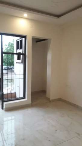2bhk flat opposite Sector 5 gurgaon  55 Lac only