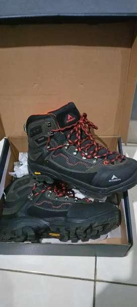 Sepatu eigher ortholite size 41