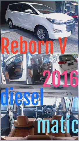 Toyota Innova Reborn V diesel matic 2016 putih kilometer hanya 30 ribu
