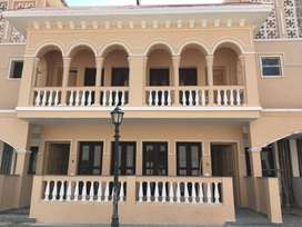 3 BHK Semi furnished villa on rent in Amrapali Leisure Valley