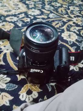 Canon  60d  in  2 lens  18-55m lens  and sconed lens 75-300 lens mm