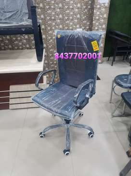 Brand New(Manufacturer)New Office Chair,Revolving Chair,Office Tables