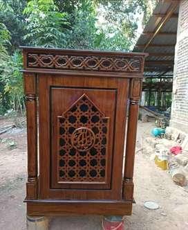 mimbar masjid laris musola