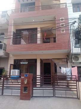 TWO SETAER PG FOR GIRLS WITH FOOD WITH ATTACH WASHROOM NO TIMINGS
