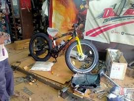Avon Jamboo Tyre Biycle