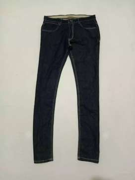 Zara size 32 fit 33 made in Turkey verygood condition