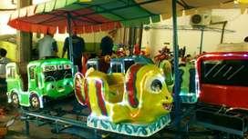 odong2 kereta panggung fiber campuran  kudaa genjott UK