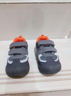 Dijual Sepatu OSH KOSH
