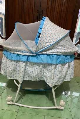 Ranjang Tempat tidur bayi