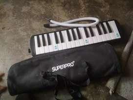pianika black 1