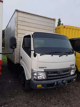 toyota Dyna box. 110 FT. CDD box jumbo.th 2013.power steering