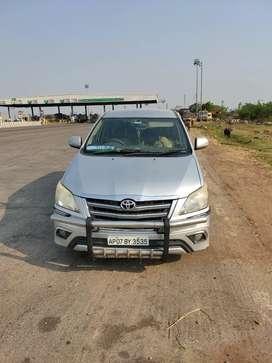 Toyota Innova 2014 Diesel 180000 Km Driven