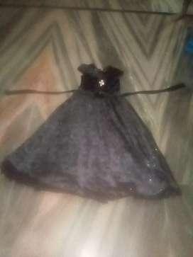 3 months old gown phle 1800 m liya tha