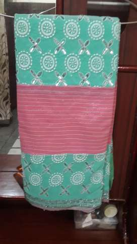 Designer saree without blouse