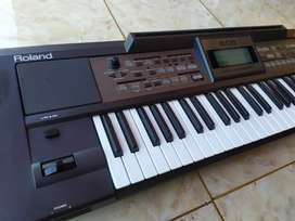 Keyboard Roland E-09 E09 E 09