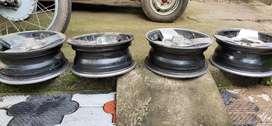Alloy wheels for Alto car