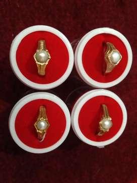 1GRAM GOLD RINGS AVAILABLE  COLOUR GURENTY