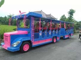 Kereta mini odong kelinci rel panggung mainan komedi putar cangkir Uk
