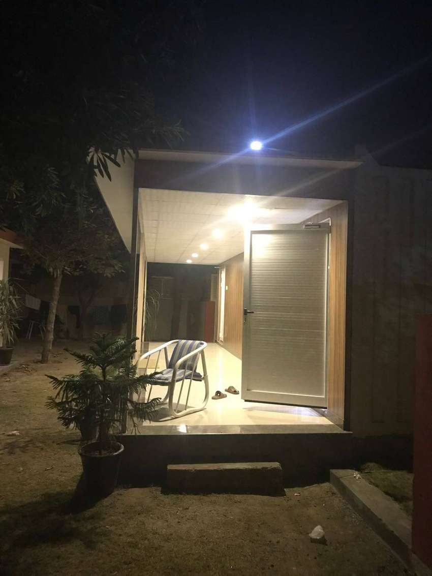 porta cabin office container  Prefab Homes with aluminum windows 0