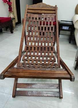 Resting Chair Sheesham Wood