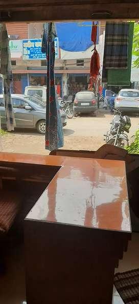अति  शीघ्र  दुकान  किराये  से देना  है  टी पी नगर   में