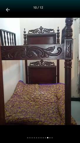 Kids double bed chinioti work and pure sheesham solid wood 10out of 10