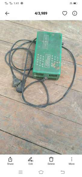 Electric scooter charger ok condition