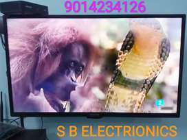 BRAND NEW*-32 INCHES 4K LED TV 2YRS WARRANTY WITH BILL